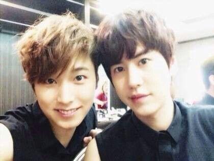 Super Junior's Kyuhyun and Sungmin = Kyumin :)