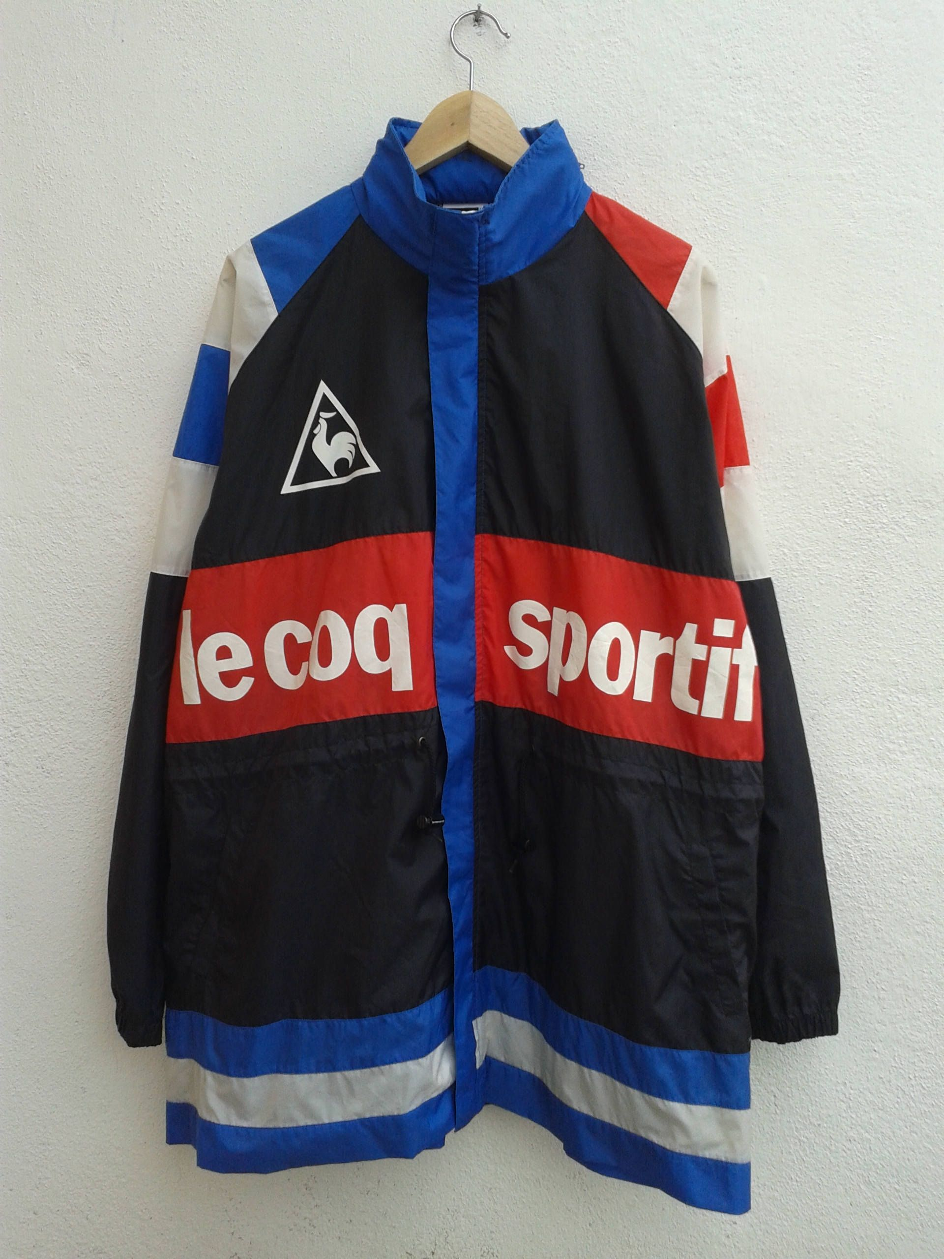 ff5426e111 LE COQ SPORTIF Chest Box Spell Out Color Block Vintage 90s Sportswear Windbreaker  Lightweight Raincoat Hoodies Jacket Size L by BubaGumpBudu on Etsy