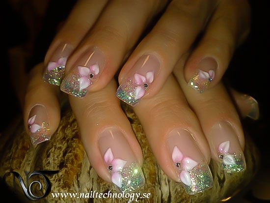 Mixed Media, Holiday, Trendy, nail art, nail designs, nail, nagelprodukter, naglar, nageldesign bilder, nagelsalong,  www.ntnails.se