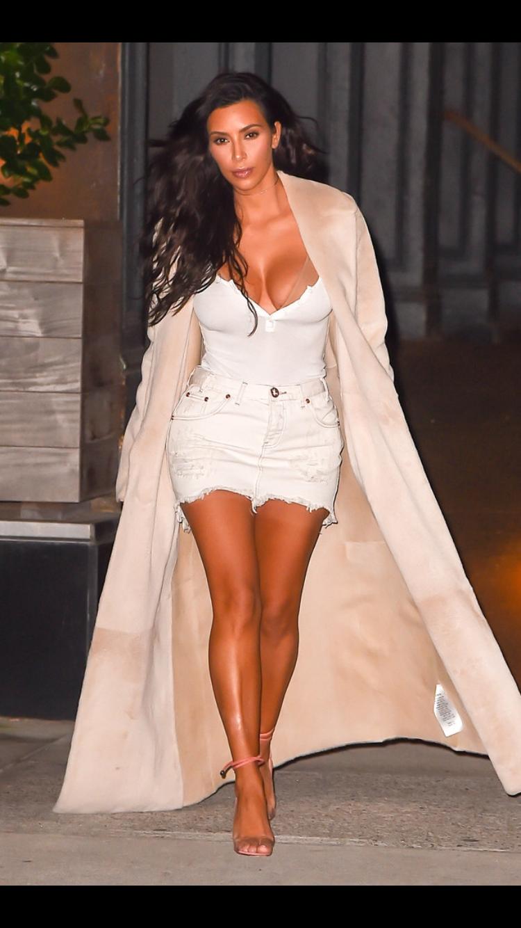 Pin by Glea Hemley on The Kardashians   Fashion, Kim