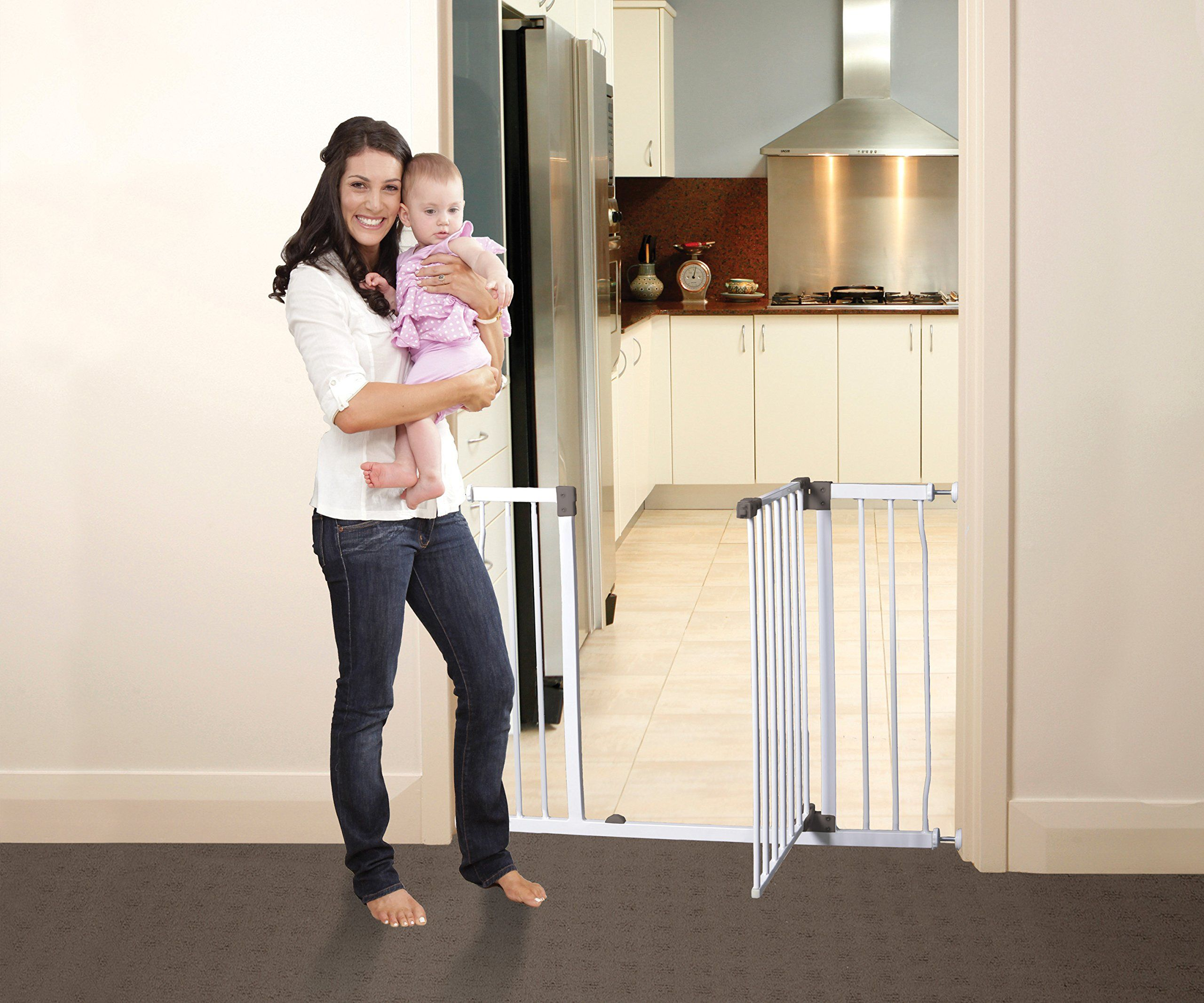 Dreambaby Liberty Xtra Gate White * Learn more by visiting