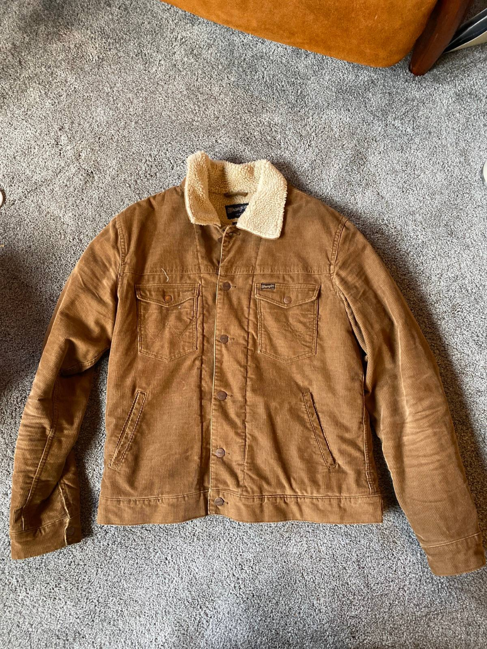 Wrangler Wrangler Desert Cord Sherpa Size L 45 Wrangler Outerwear Sherpa [ 1333 x 1000 Pixel ]