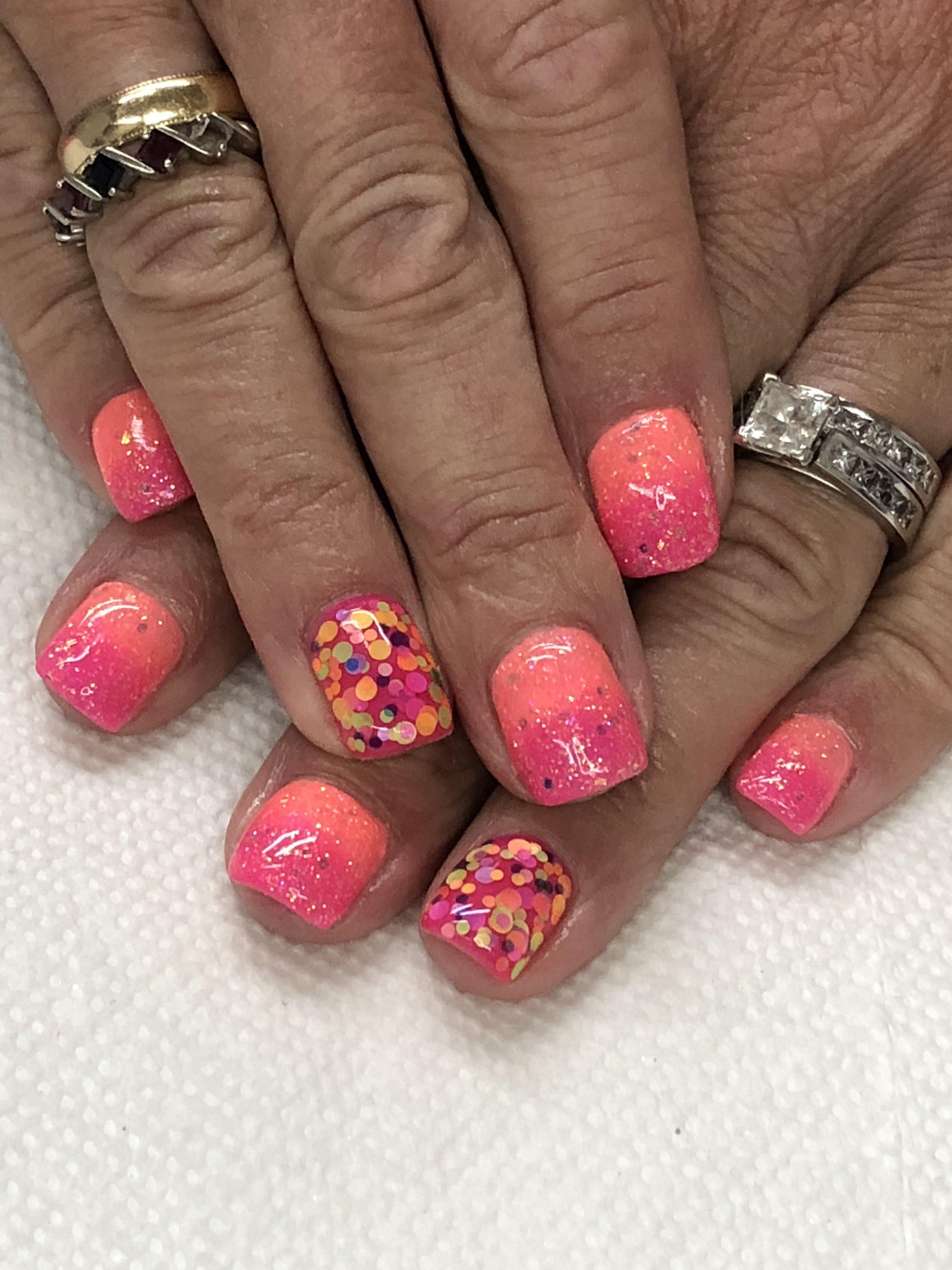 Summer Ombré Glitter Gel Nails Light Elegance Tailgator