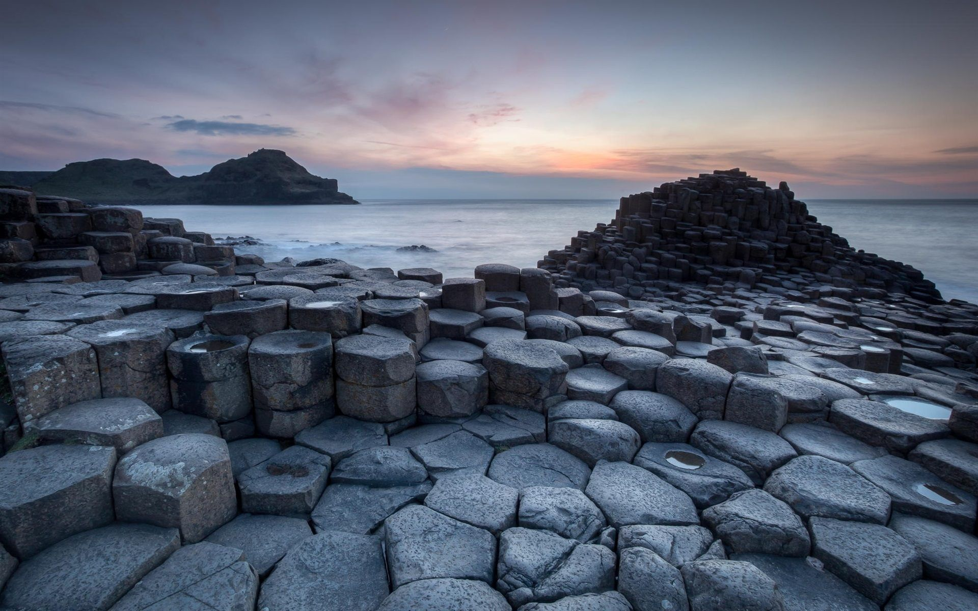 black stones beach giants causeway wallpaper for desktop | places i