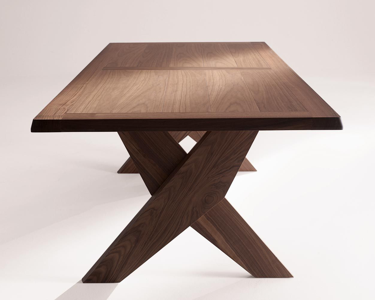 Tavolo Maxalto ~ Plato table by maxalto solid wood dining table captivatist