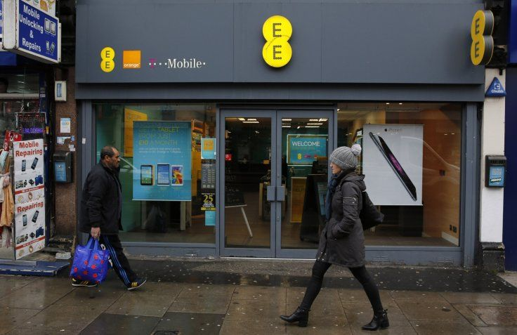 Uk mobile operator ee left a critical code system exposed