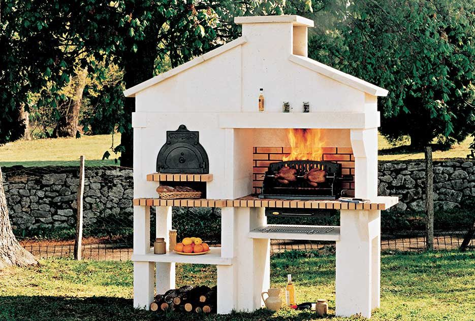 barbecue en pierre m doc chazelles backyard. Black Bedroom Furniture Sets. Home Design Ideas