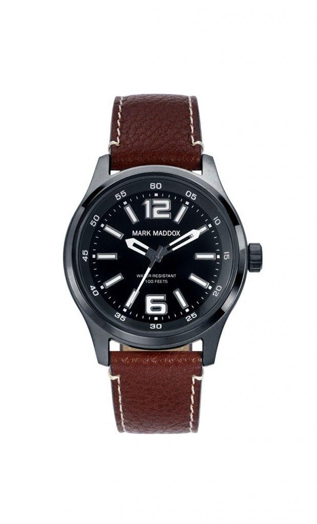 Colección Aviator Look -  HC3013-55. Reloj de caballero 3 agujas. Esfera color negro y correa marrón con pespunte marfil. Impermeable 30 metros (3 ATM). PVP: 49€
