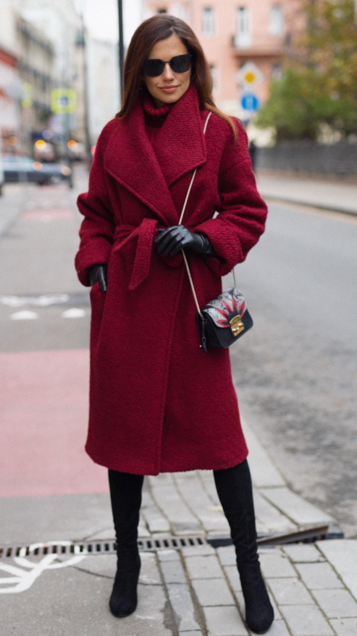 9e9b570f1a4 Пальто в цвете марсала стало одним из фаворитов среди наших покупательниц ❤  поэтому мы Отшили
