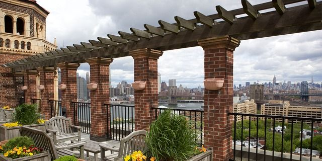 Jehovah S Witnesses To Sell The Towers Key Legacy Property In Brooklyn Brooklyn Brooklyn Heights Jehovah S Witnesses