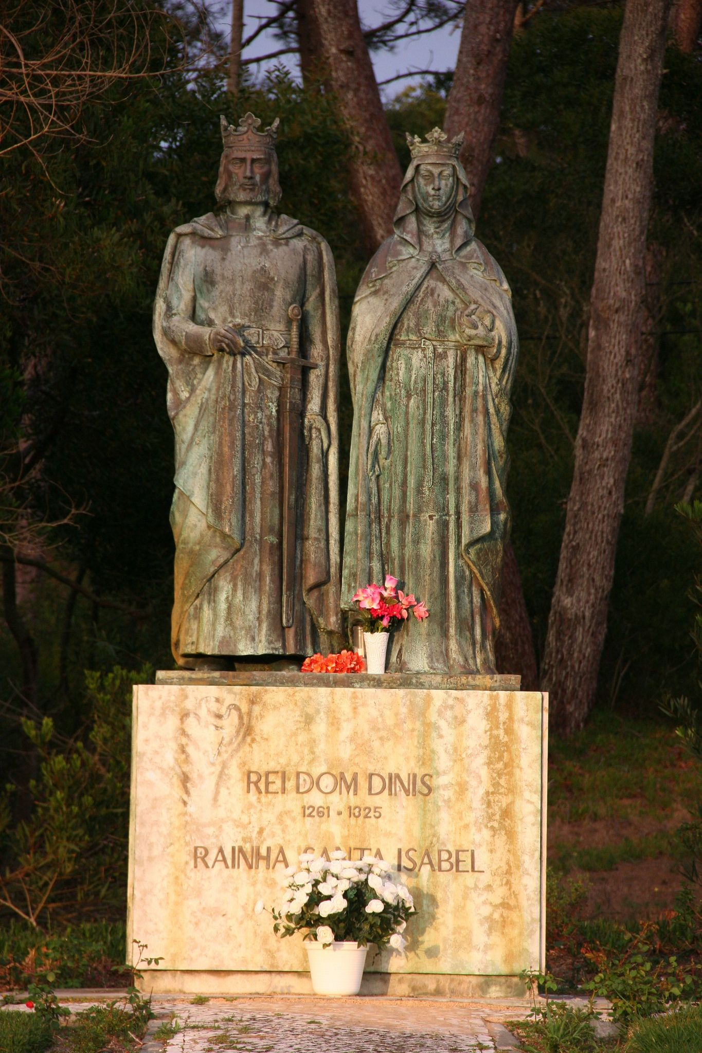 Rei Dom Dinis et rainha Santa Isabel à San Pedro de Moel ...
