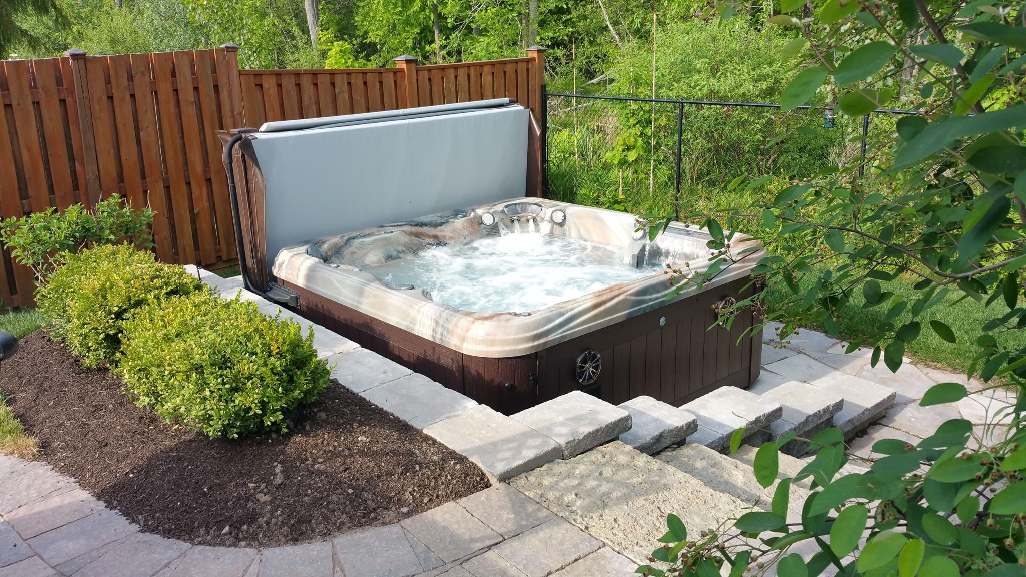 Hot Tub Backyard And Landscape Idea #spa