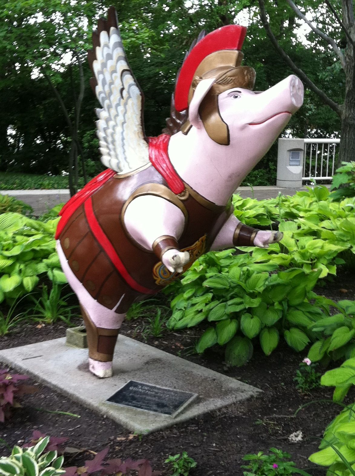 Pig lawn ornament - Flying Pigs