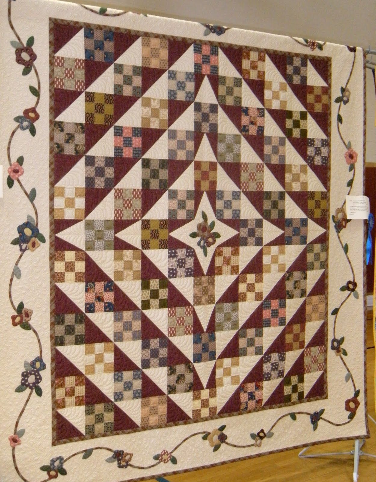 Happy Monday Morning! Wow, another local guild quilt show with ... : local quilt shows - Adamdwight.com
