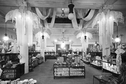 988e81f0c0a8c Selfridges store interior c 1910