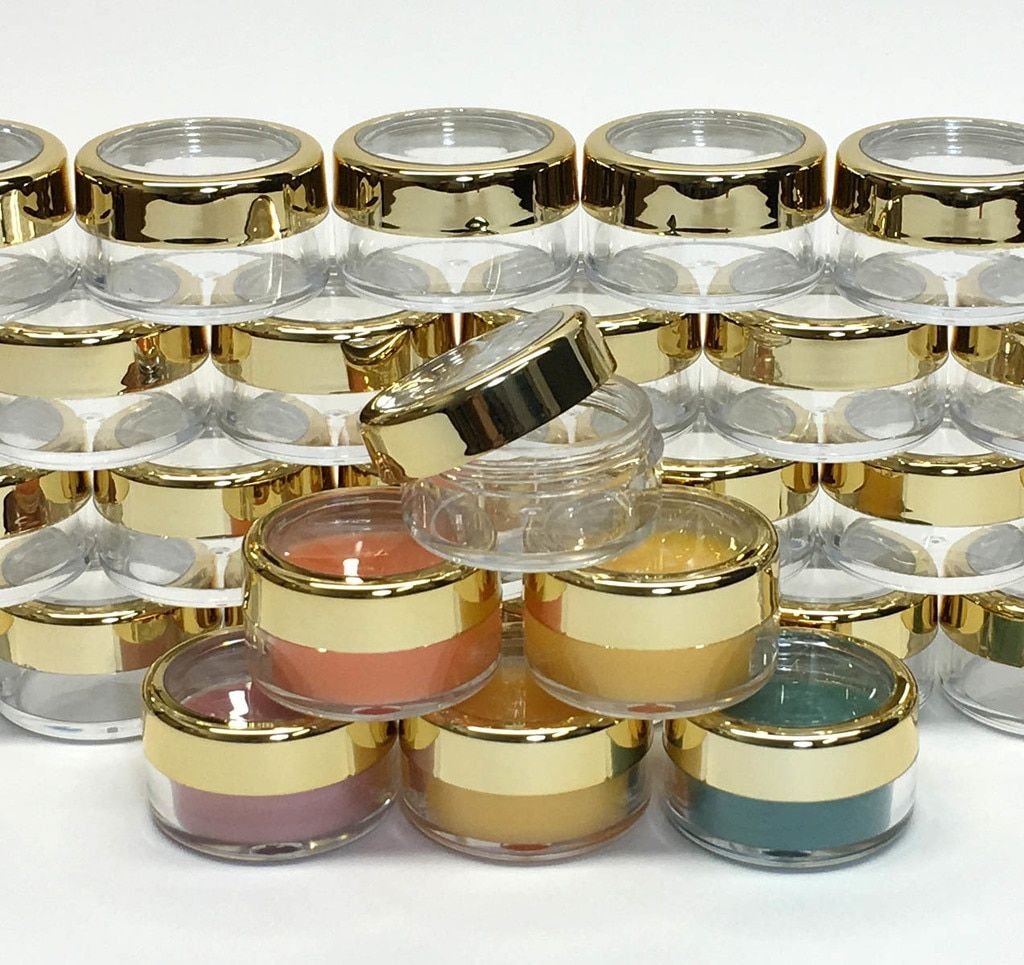 Cosmetic Jars Plastic Beauty Containers 10 Gram Gold Trim Silver Trim Acrylic Window Caps 3012 3011 In 2020 Cosmetic Jars Cosmetic Containers Makeup Containers
