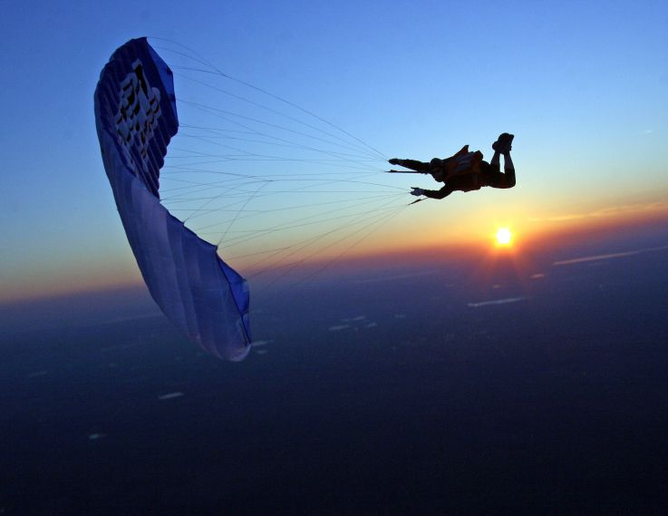 Twilight Skydive Skydiving Pictures Paragliding Skydiving
