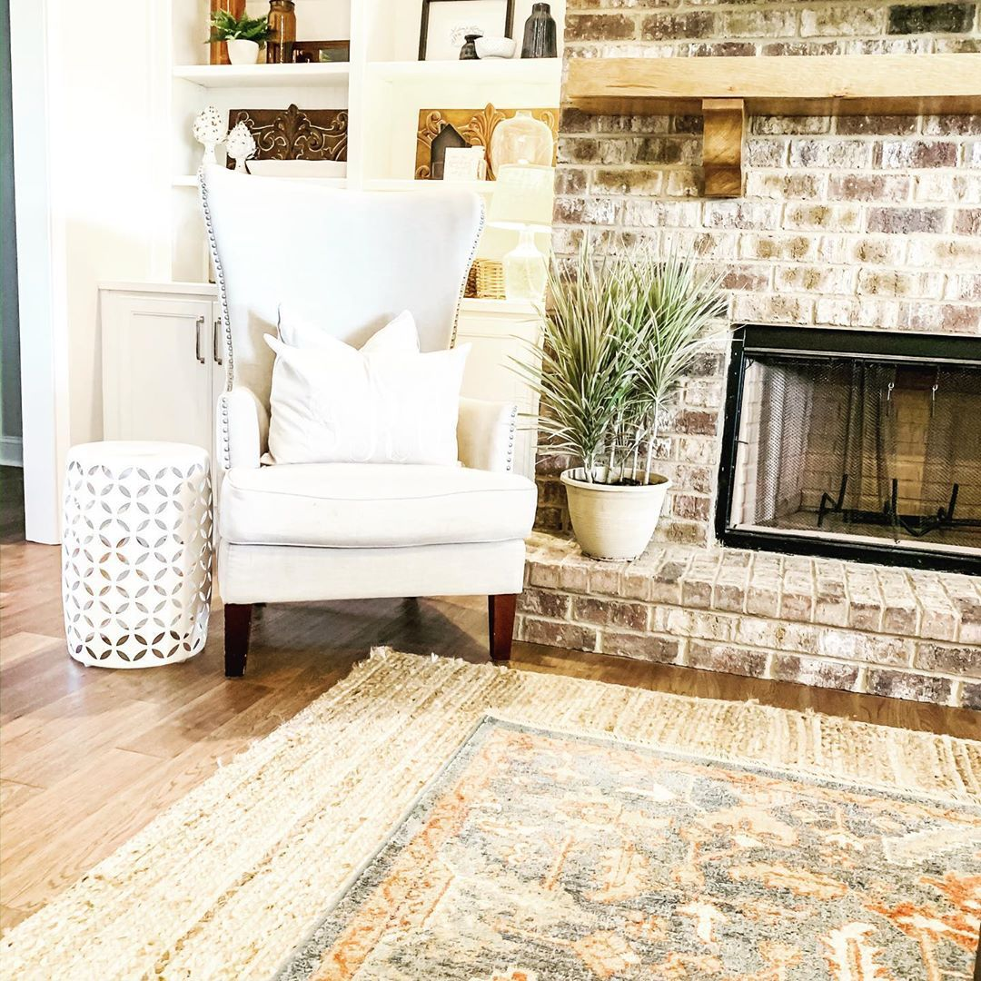 Layered rugs for the win #rugsusa #athome #monogram