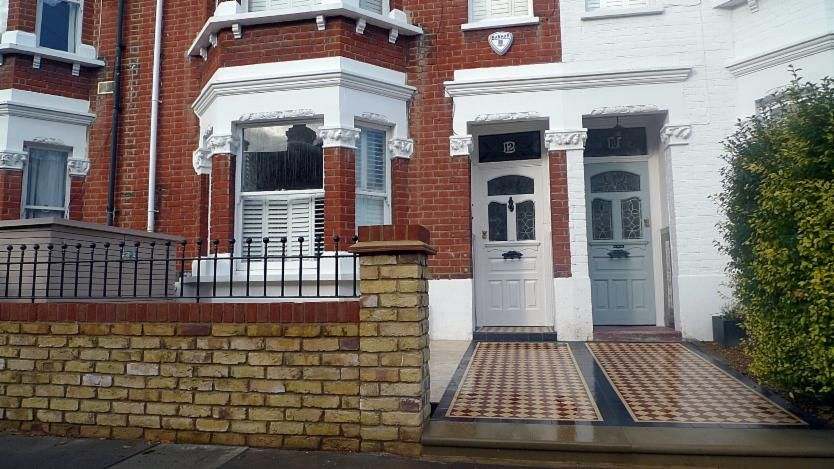 London Garden Wall Builders   London Victorian Mosaic Tile Quality Mosaic  Tile Path In London And