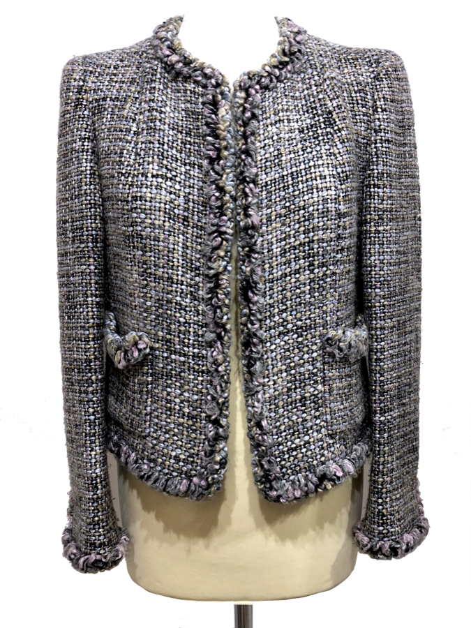 Chaqueta CHANEL en tweed centelleante en tonos grises 4ea9ecfeab7f