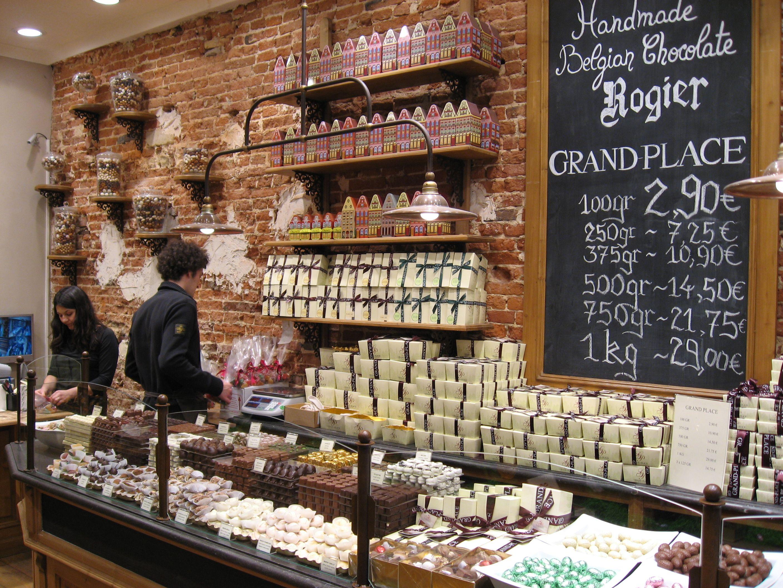 La Belgique Gourmande located on rue de la Colline (the street ...