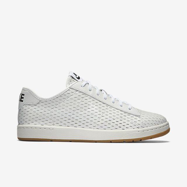 NikeCourt Tennis Classic Ultra Deconstructed Women's Shoe. Nike.com UK.  White ...