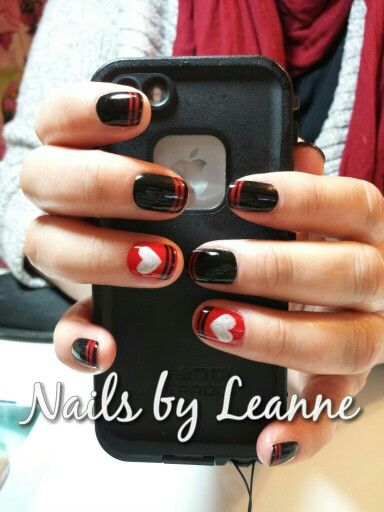 CND Shellac Wildfire and Black Pool with Silver Chrome hearts Facebook.com/NailsbyLeanneMR