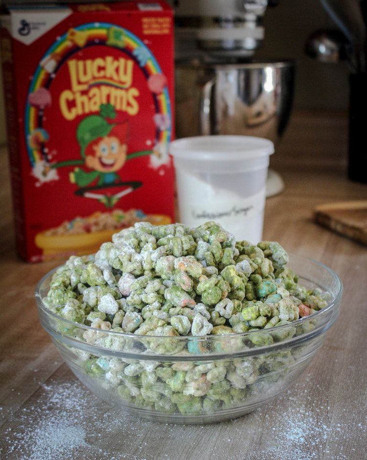St. Patrick's Day Puppy Chow!