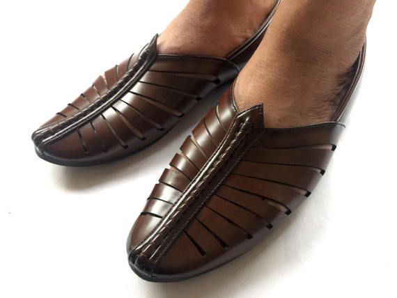 d4e09a5cf35a5 Chocolate Brown Contemporary Indian Mens Art Leather Shoes, Mens ...