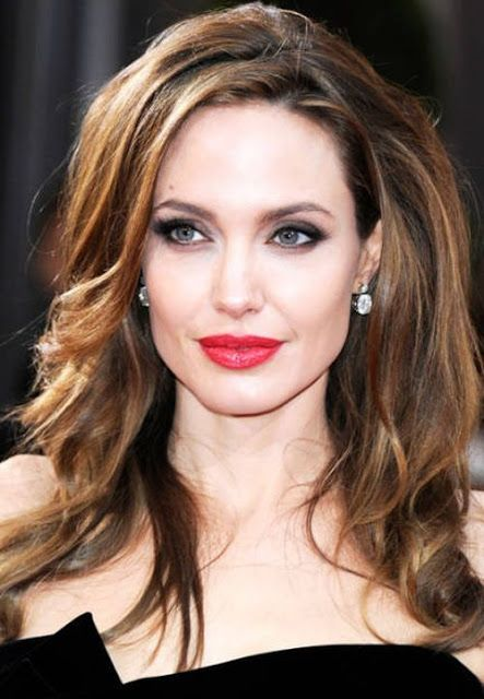 Angelina Jolie S Natural Hair Color Is Light Brown Description From Pinterest Com I Searched For This Angelina Jolie Hair Brunette Celebrities Angelina Jolie