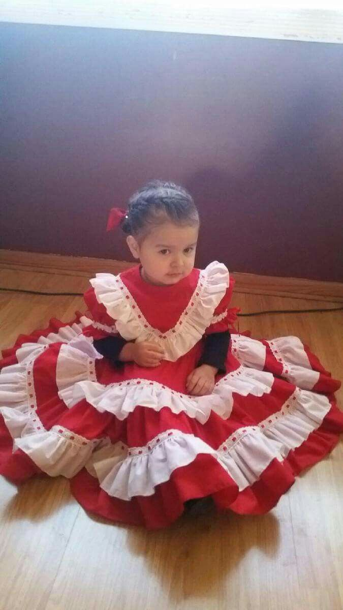 Vestido De Escaramuza Rojo Y Blanco Red White Escaramuza Dress Mexicana Future Escaramuza Vestidos De Escaramusa Escaramuzas Trajes Regionales De Mexico