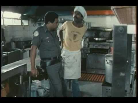 Cóctel de Camarones en el Día de las Secretaria (1984) (Cine Venezolano)