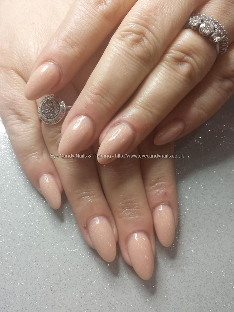 Nude acrylic almond shaped nails | Beauty ndd tips | Pinterest ...
