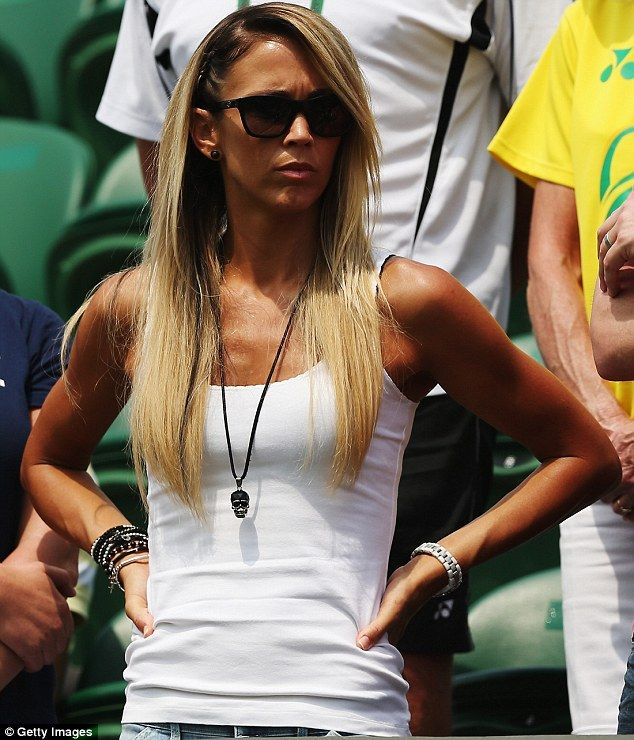 Faux glow: Tennis wag Bec Hewitt sported a dark fake tan as she cheered on  her Australian tennis player husband Lleyton Hewitt at the English  tournament on ...