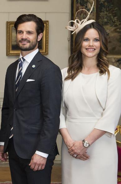 Ce mardi soir, les princesses Victoria et Sofia n'ont pas participé au dîner d'État offert par le roi et la reine de Suède à la présidente du Chili.