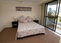 Ocean Royale - Spa - 2 Bedroom Bed - Gold Coast Apartment Accommodation
