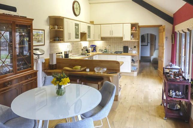 Kitchen Diner In Barn Conversion, Seems Like Good Design, Lots Of Light  Under Vaulted