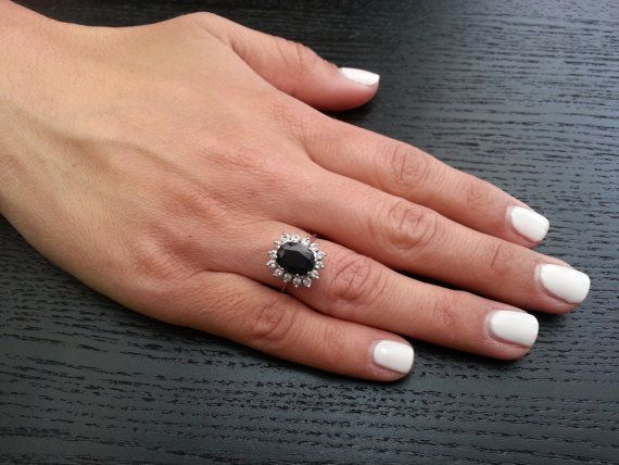 Gold ring 3 00 carat Blue sapphire Vintage design engagement ring