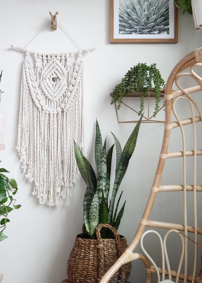 Modern Farmhouse Decor With A Bohemian Touch Add Macrame Wall Hanging To Any Room Give It Rustic Feel Click Image Now