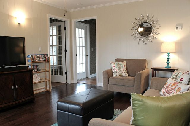 Sherwin Williams Canvas Tan  TH Main paint color SW