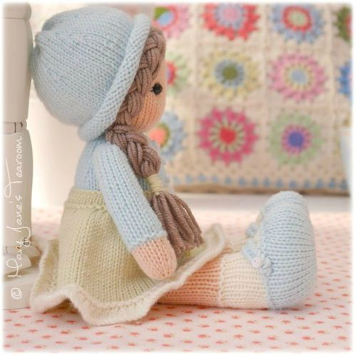 Mary Janes Tearoom Little Yarn Dolls Knitting Pattern Knit