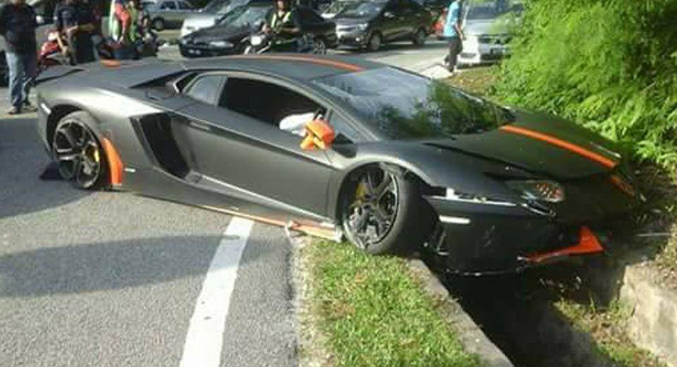 Matte Black And Orange Lamborghini Aventador Crashes In Malaysia