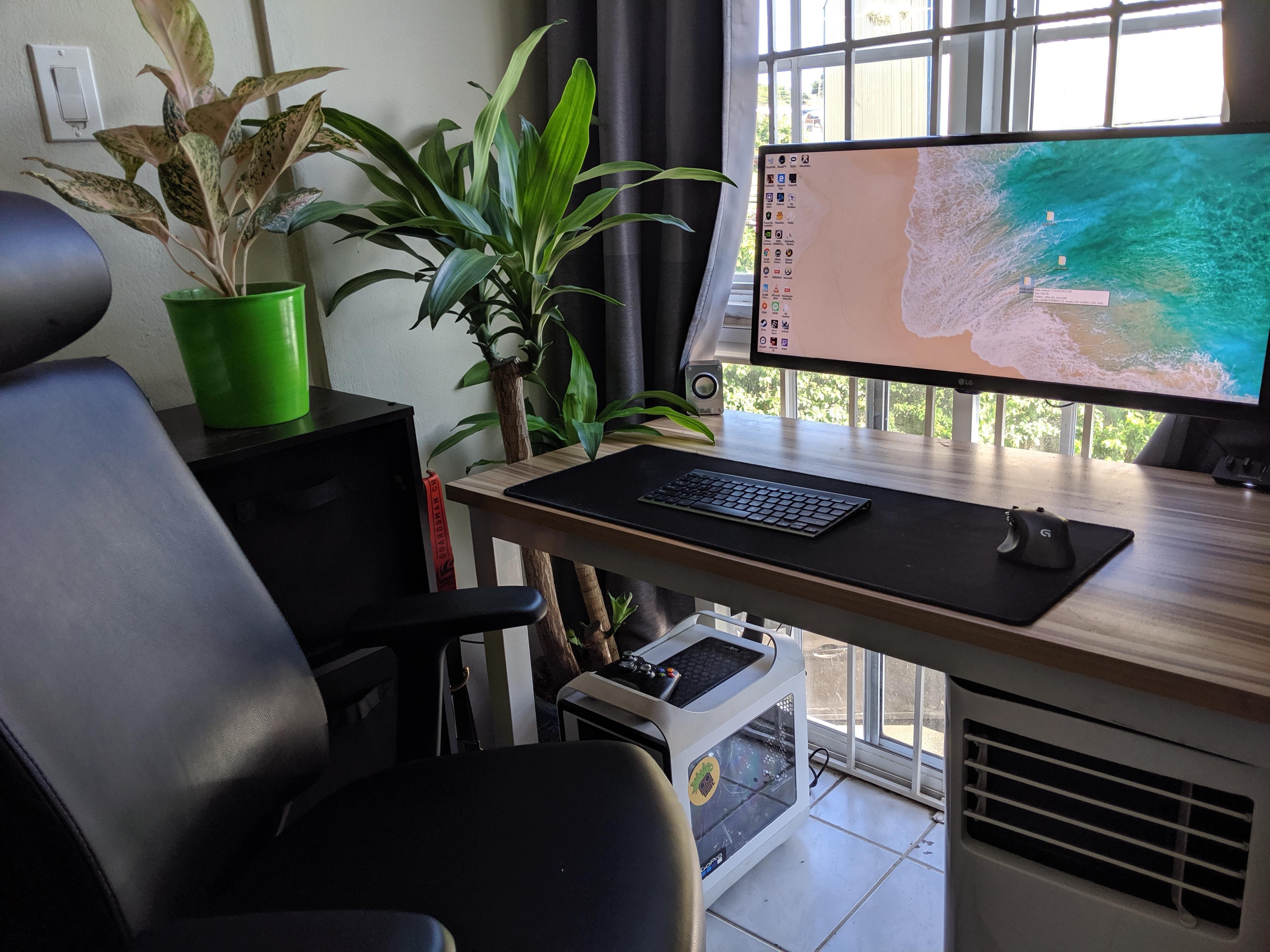 No RGB mostly G Unique desks, Office setup, Battlestation