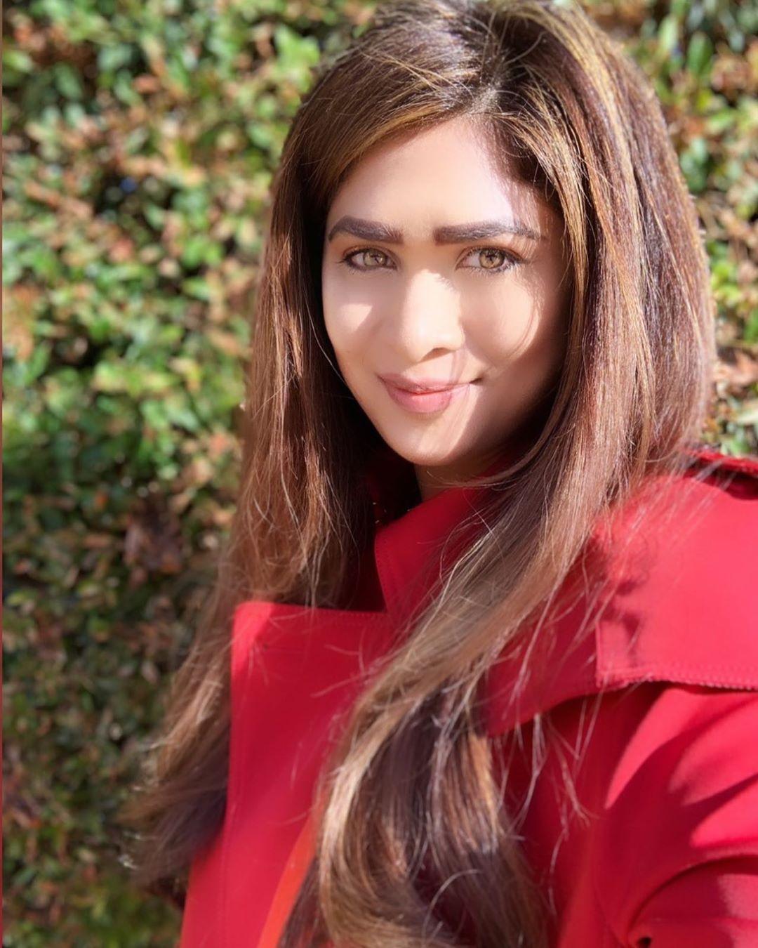 Actress, Models, Girls and Other Beauty: Anarkali Akarsha
