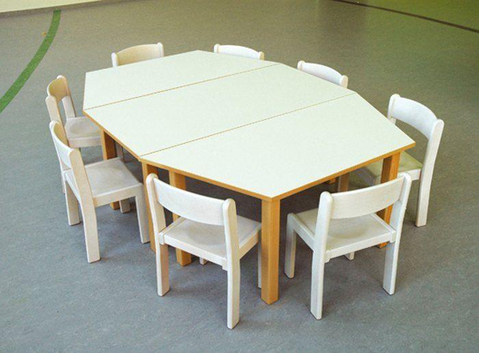 debe.detail Stabelstuhl mit Tisch weiss