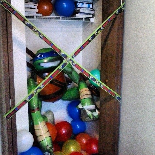Surprised my son with his favorite.. Ninja Turtle & Balloons were in his closet when he woke up.. So cute!! Love this dude..