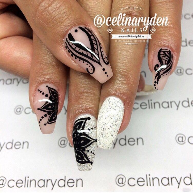 IG:@celinaryden --------------------------------------------------------- #nails #nail #fashion #style #hudabeauty #beauty #beautiful #instagood #pretty #girl #girls #stylish #sparkles #styles #gliter #nailart #opi #essie #unhas #preto #branco #rosa #love #shiny #polish #nailpolish #nailswag #anastasiabeverlyhills #vegas_nay #cute