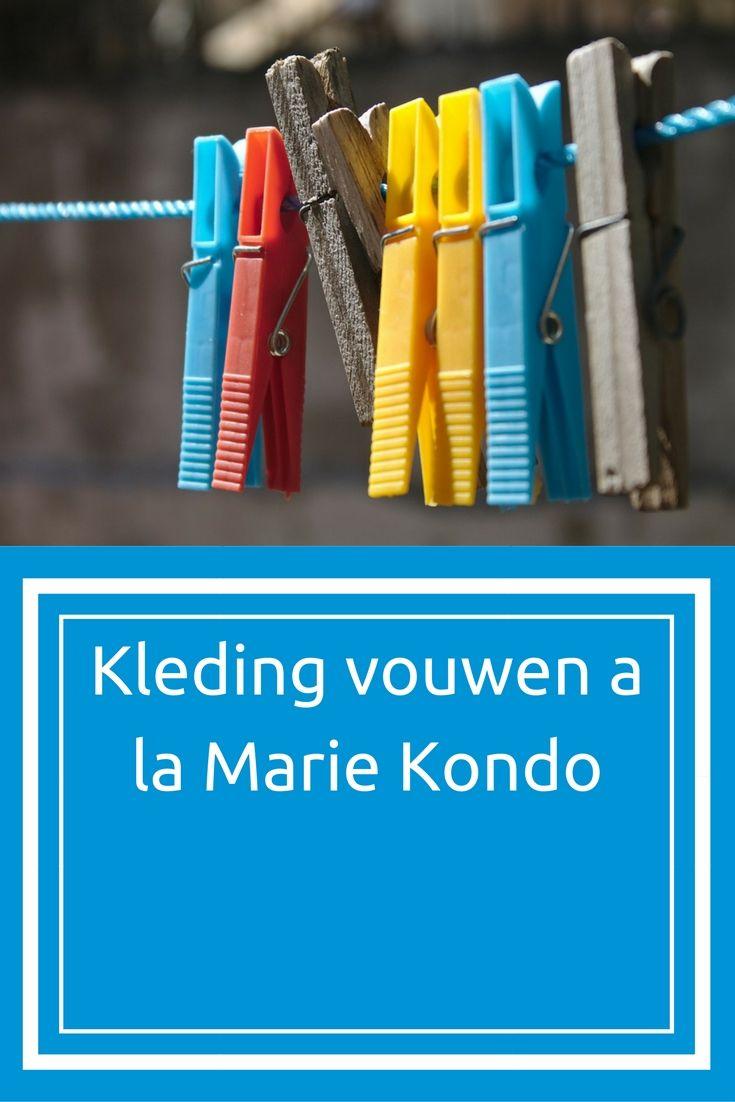 Marie Kondo is een fenomeen. Ze is een opruimgoeroe. Of liever gezegd een weggooi-goeroe. Alles waar je niet blij van wordt, doe je rigoreus de deur uit. En dat in een bepaalde volgorde. Te beginnen met kleding. En laat dan nou een punt zijn waar we allemaal wel eens tegenaan lopen cq over struikelen in de slaapkamer.