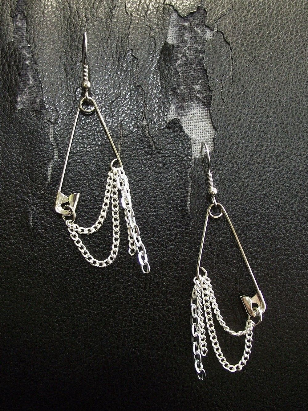 Silver And Cold Safety Pin Earrings