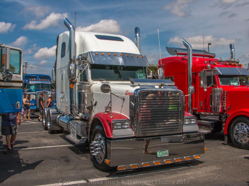 Freightliner Classic Freightliner Freightliner Classic Freightliner Trucks